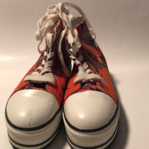 BDG sneakers floral colors thick heel sz 9